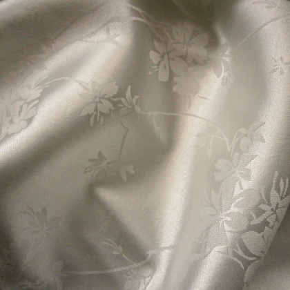 Lightweight Floral Stretch Jacquard Satin PALE IVORY