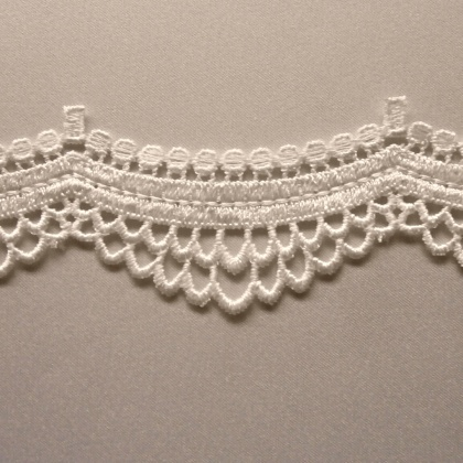 Ornate  Loops Edging Trim IVORY