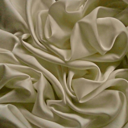 Very Lightweight Premium Bridal Satin VINTAGE IVORY